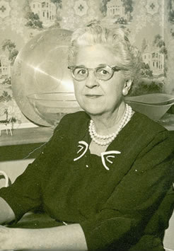 Elizabeth Opelia Howse (1896-1984)