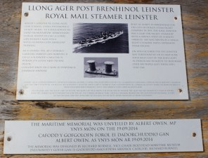 04a memorial to Llong Ager, Ruth Livingstonein Holyhead