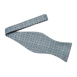 untied large butterfly blue 2 toned bow tie