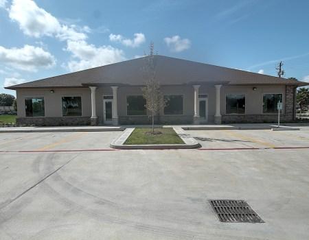 4518 N. Main St. Baytown, TX 77521