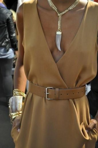 the-corporate-millennial-power-dressing-essential-accessories-statement-necklace-bracelet-belt