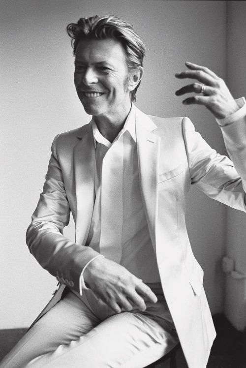 the-corporate-millenial-bowie10.jpg