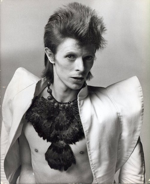 the-corporate-millenial-bowie12