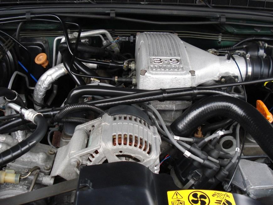 Disco engine bay 009