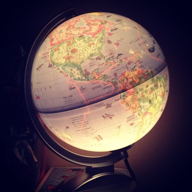 glow in the dark globe