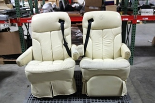 flexsteel sofa sets divani chateau d ax leather rv captains chairs furniture   visone parts and ...