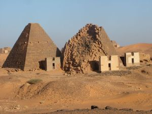 Meroe Sudan pyramidal structures from a different perspective