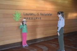 Taking Junior Ranger Pledge
