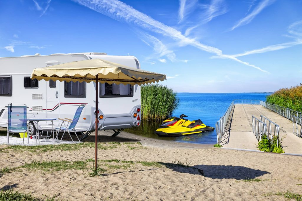 What to Look for When Choosing an RV Resort 2000-cm