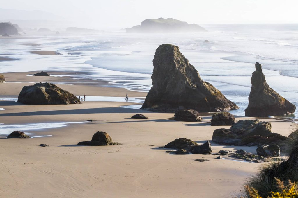 Tranquil beach scene 2000 - cm