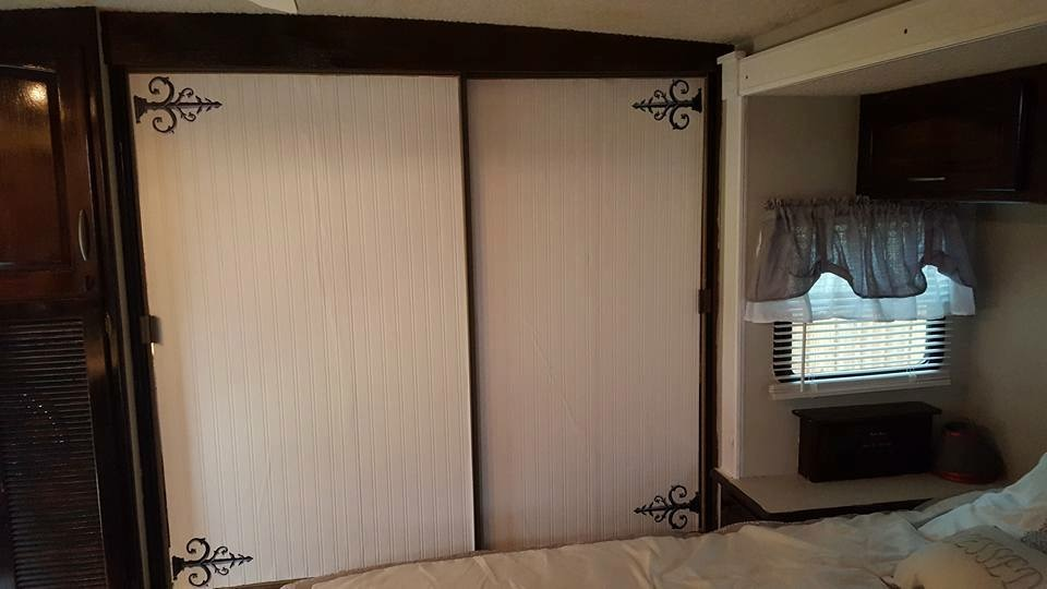 Bead Board Wallpaper And Decal Hinges On Mirror Closet Sliding Door In RV,  Camper,