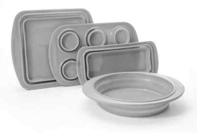 Collapsible Silicone Bakeware Set - Perfect for an RV kitchen
