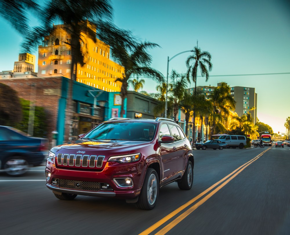 medium resolution of 2019 jeep cherokee overland