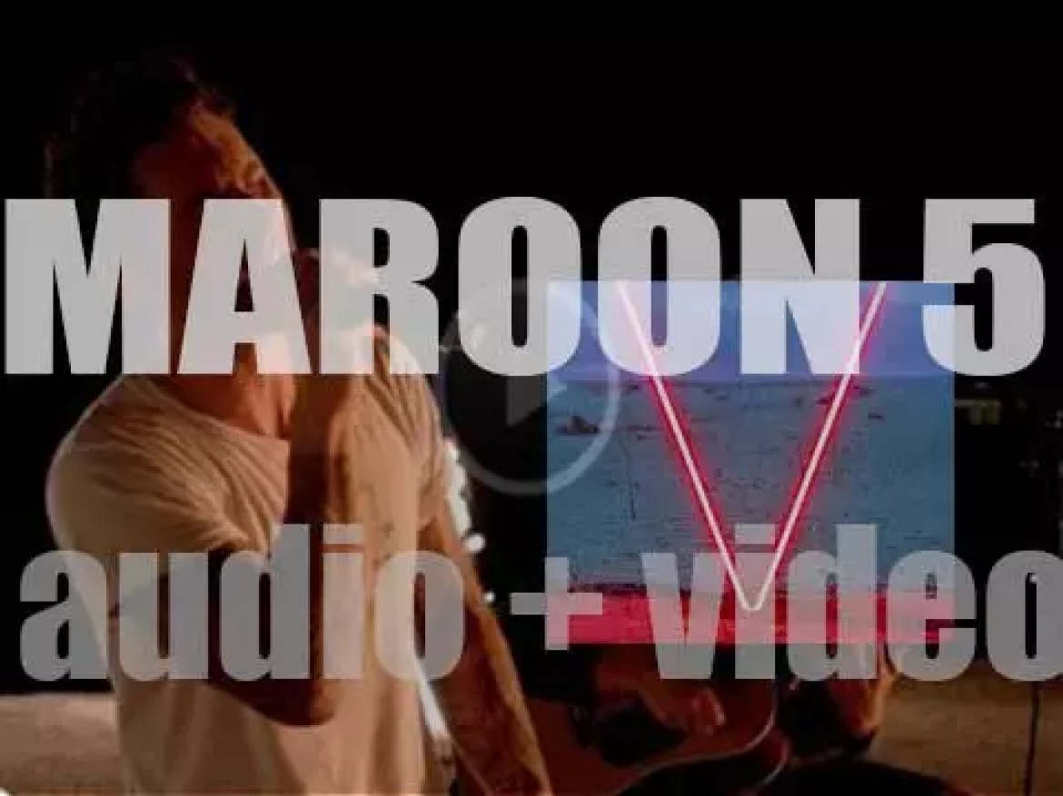 Interscope publish Maroon 5's fifth album : 'V' featuring 'Maps,' 'Animals' and 'Sugar ' (2014)