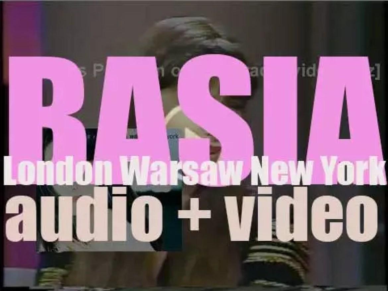 Epic publish Basia's second album : 'London Warsaw New York' featuring 'Cruising for Bruising' (1989)