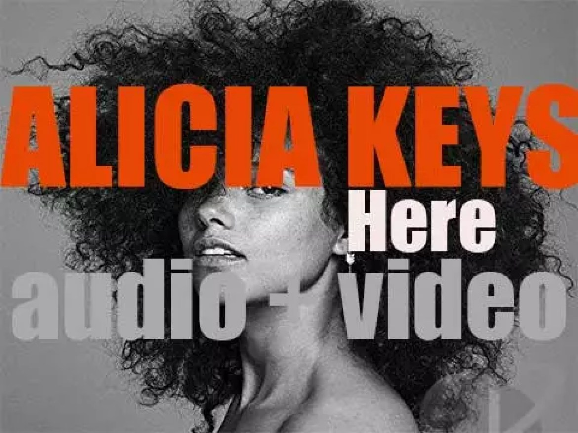 Alicia Keys releases her sixth album : 'Here' featuring 'In Common' (2016)