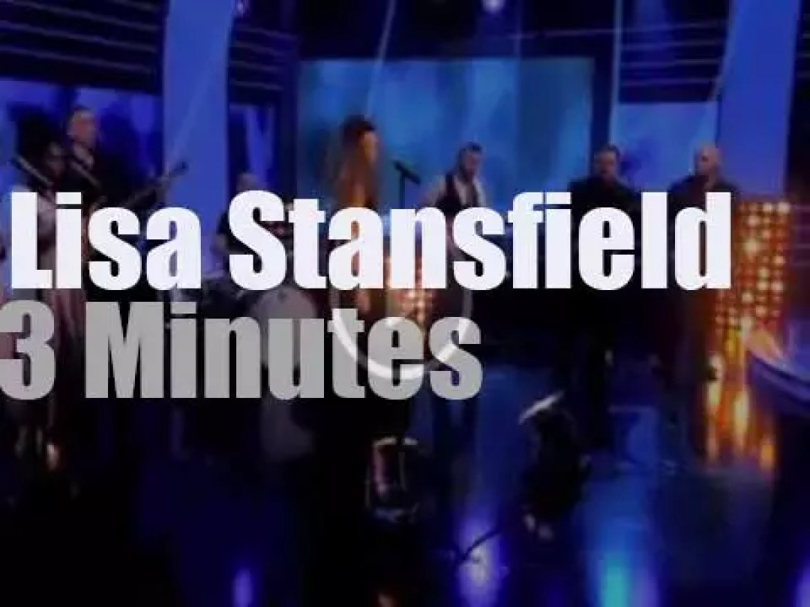 Lisa Stansfield sings at the BBC Lottery Show (2014)