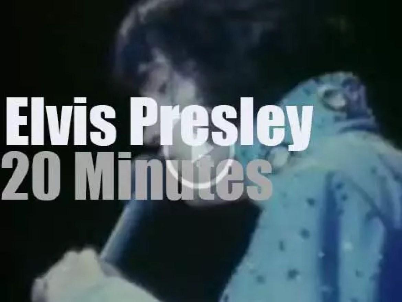 Elvis Presley sings in Virginia (1972)