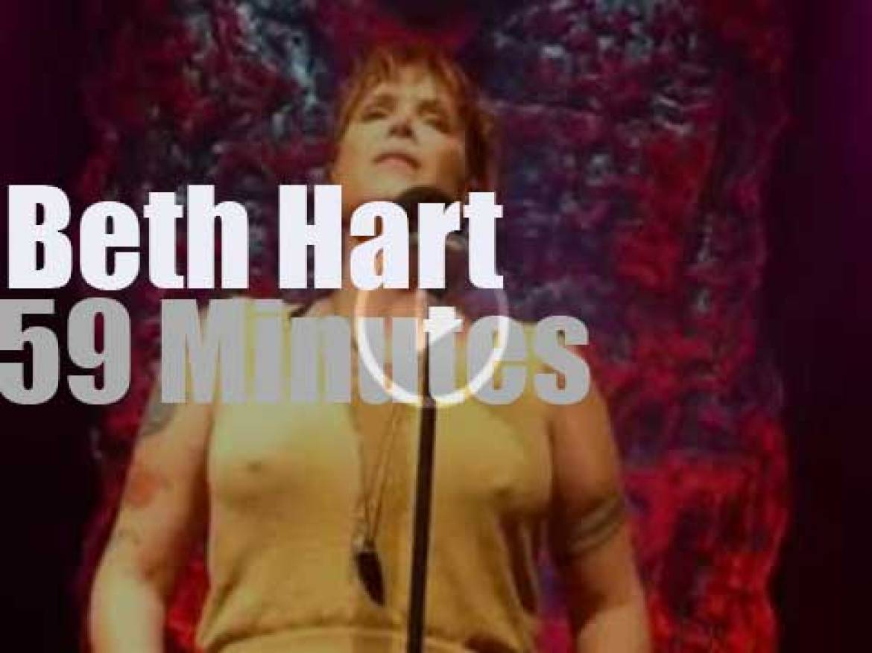 Beth Hart serenades Dortmund (2016)