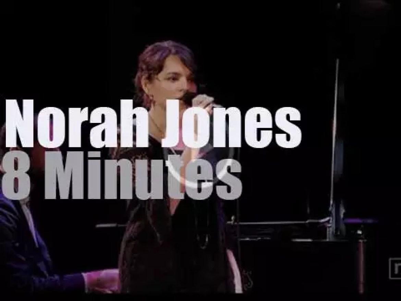 Norah Jones has the most prestigious backing band (2014)