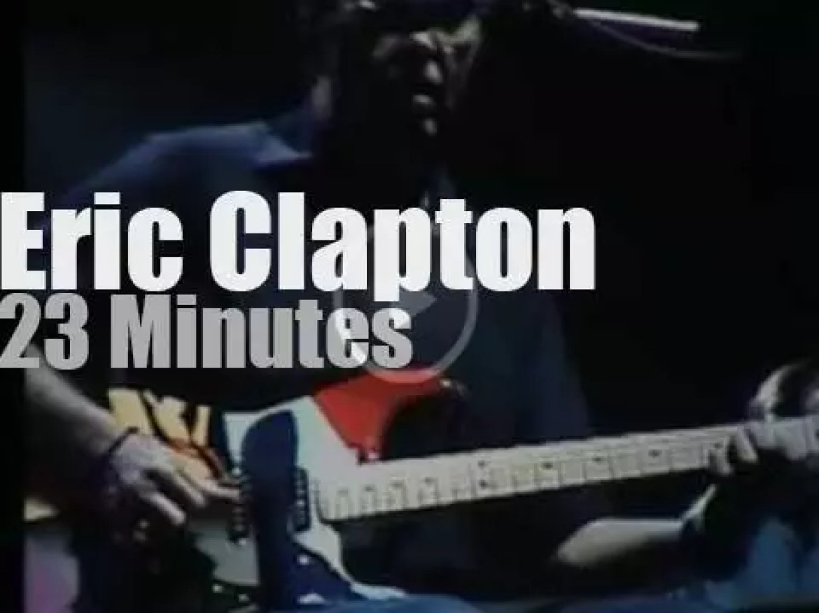 Eric Clapton plays in  DC (2004)