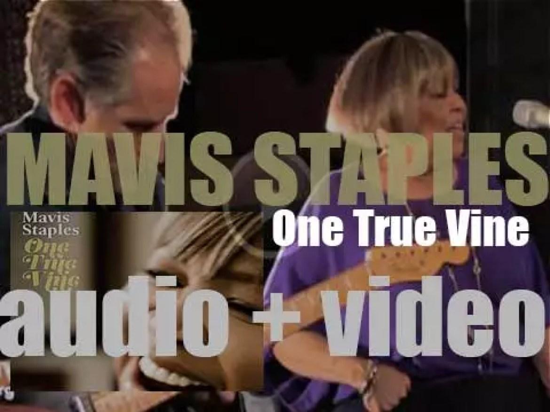 Anti publish Mavis Staples' fourteenth album : 'One True Vine' recorded with Jeff Tweedy (2013)