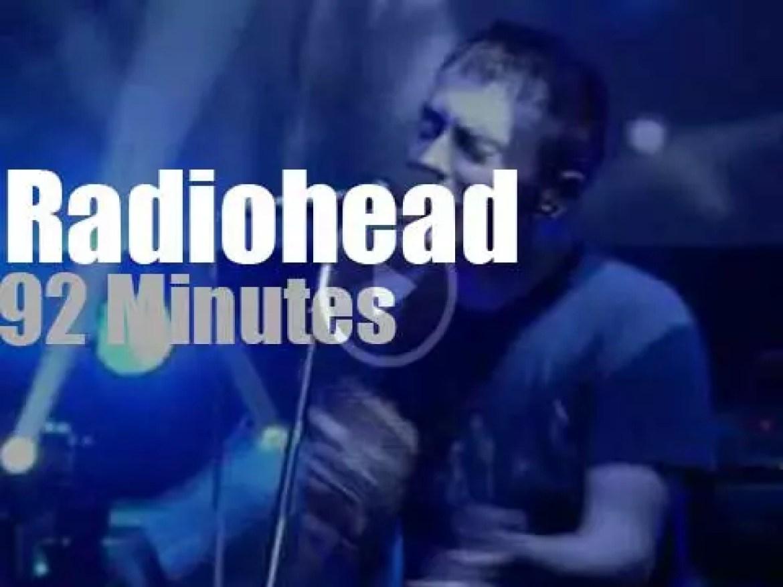 Radiohead is live on British TV (2001)