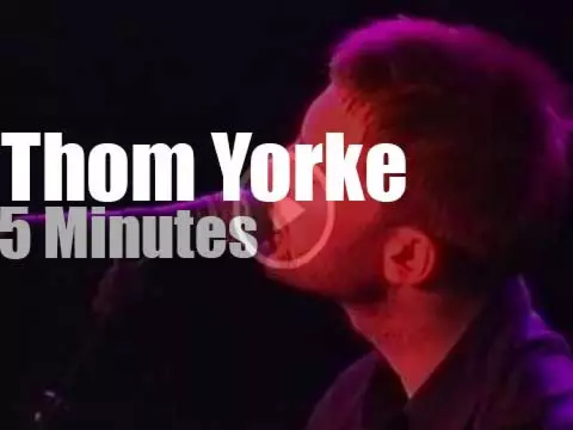 """Thom Yorke is at """"Free Tibet Concert"""" in Amsterdam (1999)"""