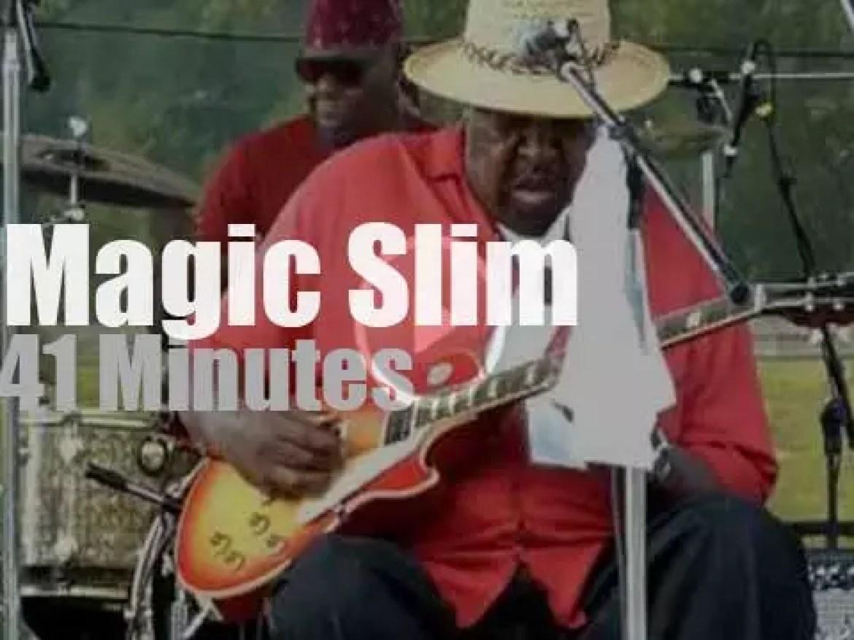 Magic Slim goes to a ski resort (2011)