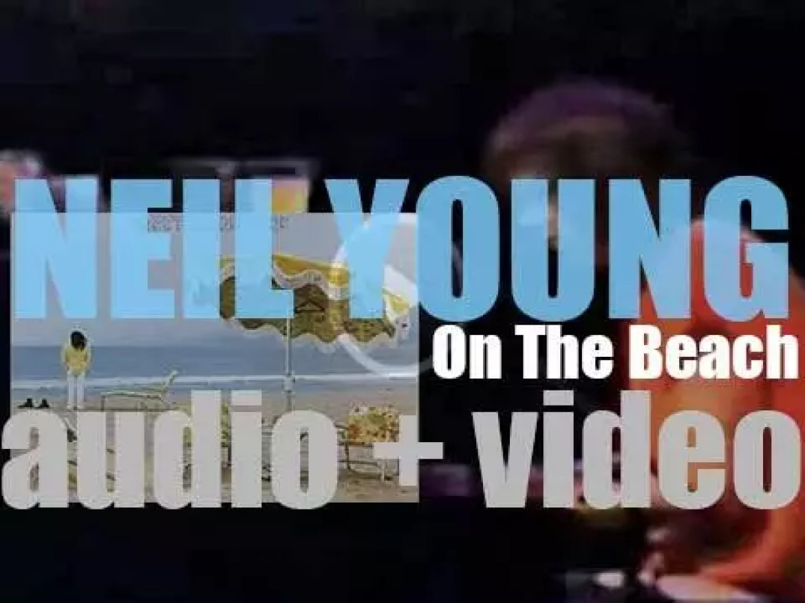 Reprise publish Neil Young's fifth album : 'On the Beach' (1974)