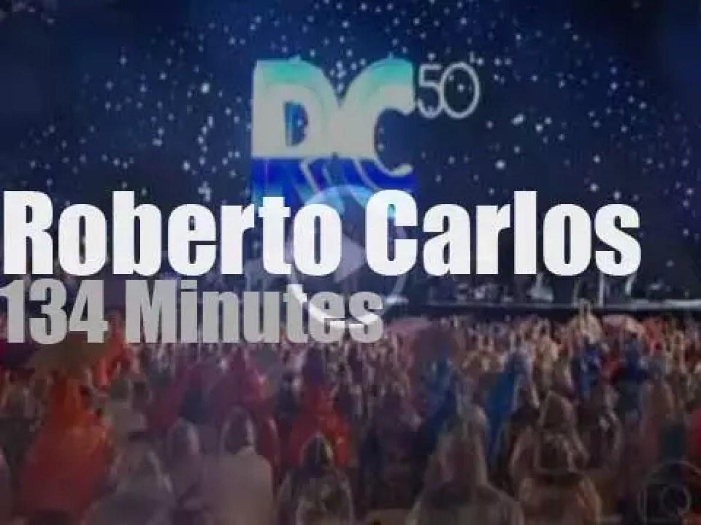 Roberto Carlos celebrates his fifty year career in Rio (2009)