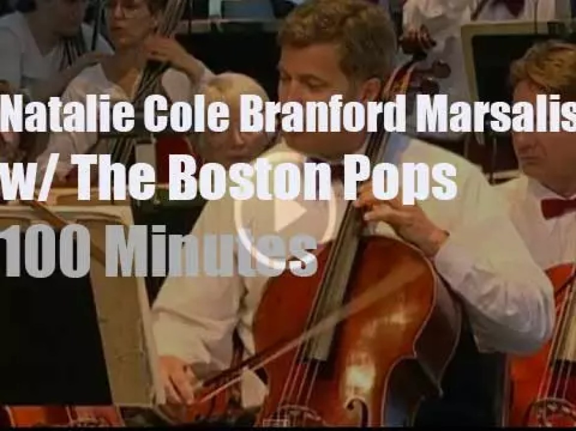 Natalie Cole & Branford Marsalis sit in with The Boston Pops (2007)