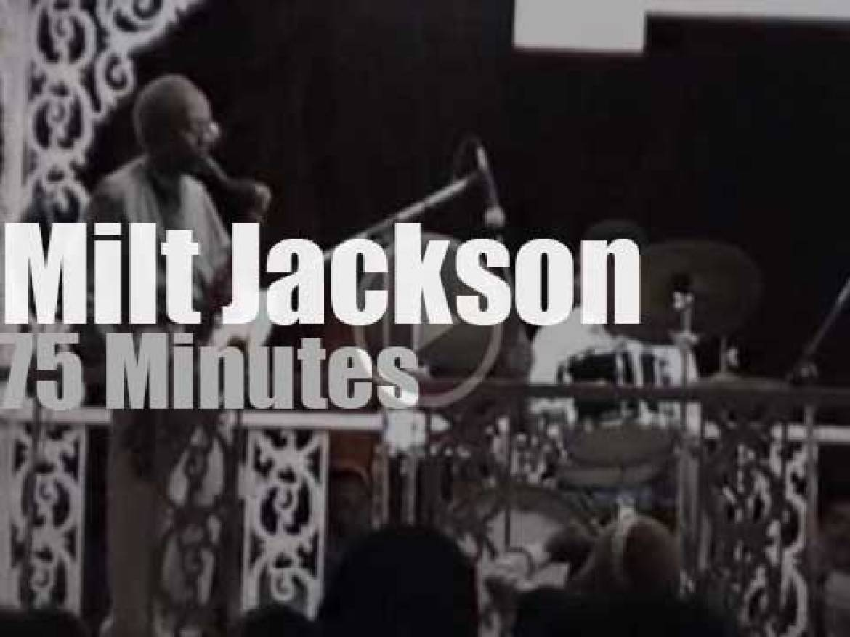 Milt Jackson plays outdoor (1995)