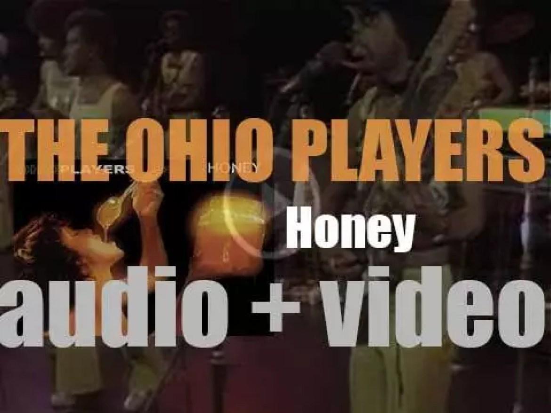 Mercury publish The Ohio Players' seventh album : 'Honey' featuring 'Love Rollercoaster' (1975)