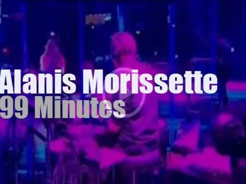 Alanis Morissette sings in Rio (2012)