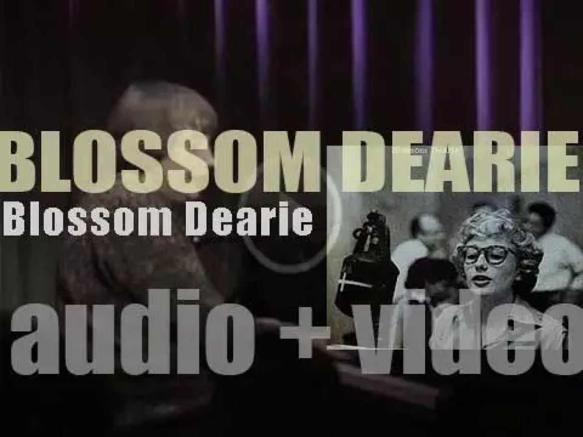 'Blossom Dearie' records her first solo and eponymous album (1957)