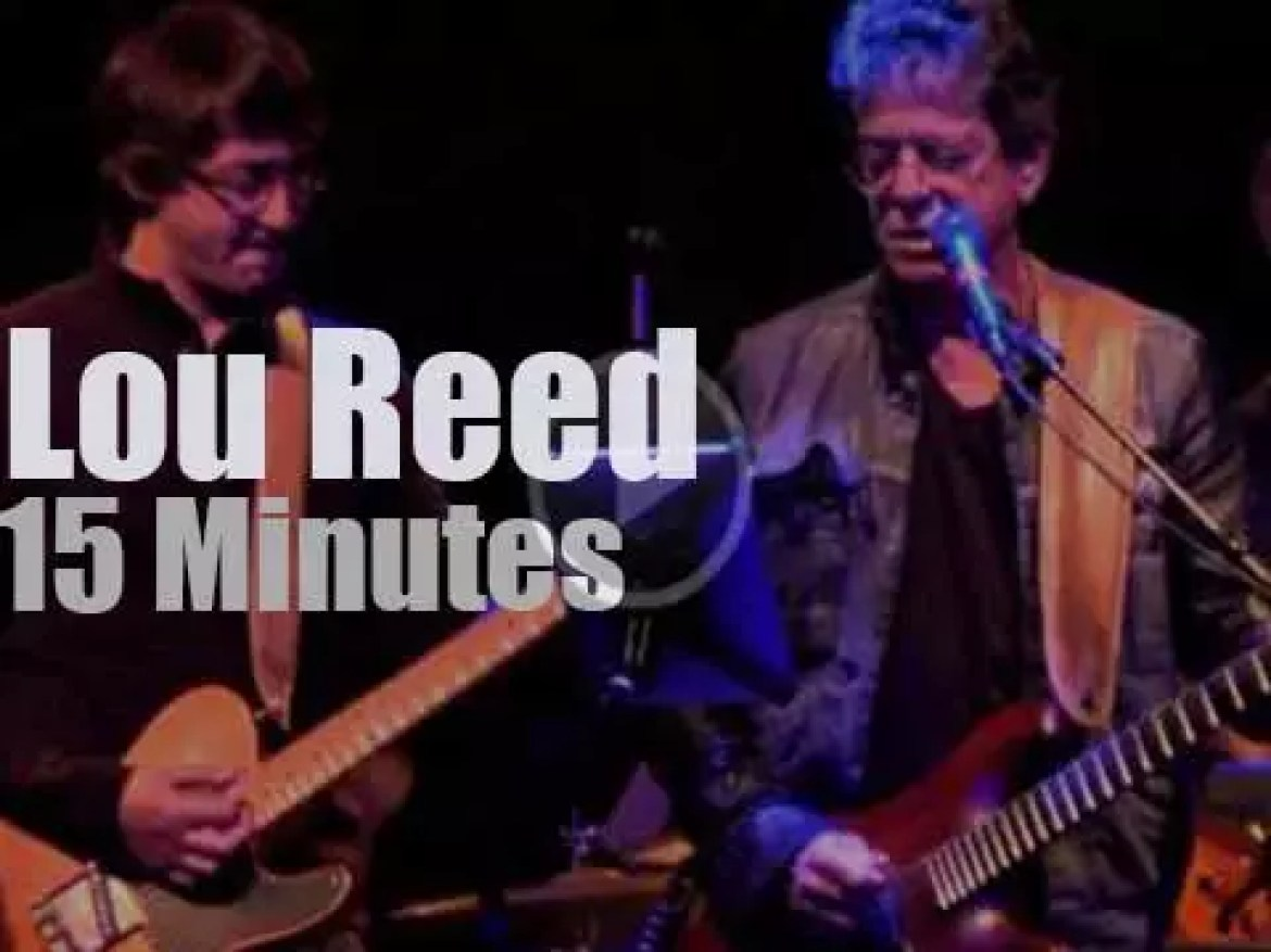 Lou Reed sings for a cause (2011)