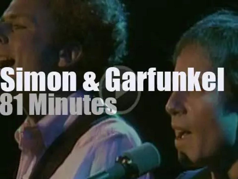 Simon & Garfunkel enchant Central Park (1981)