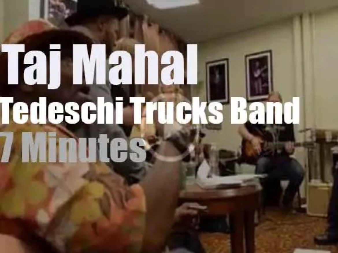 Taj Mahal sits (literally) in with Tedeschi Trucks Band (2014)