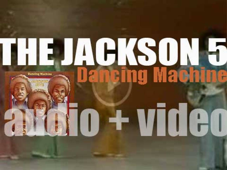 Motown publish The Jackson 5's eighth album : 'Dancing Machine' (1974)
