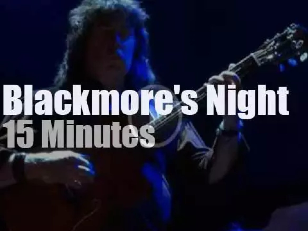 Blackmore's Night enchant Patchogue (2016)