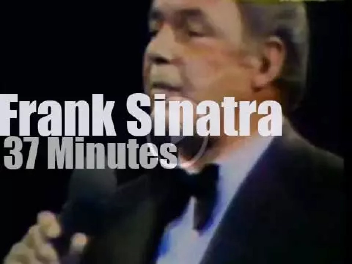 Frank Sinatra rules the MSG (1974)