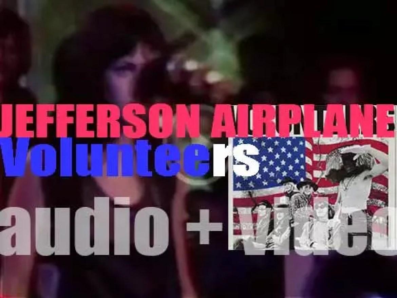 RCA Victor publish Jefferson Airplane's fifth album : 'Volunteers' (1969)