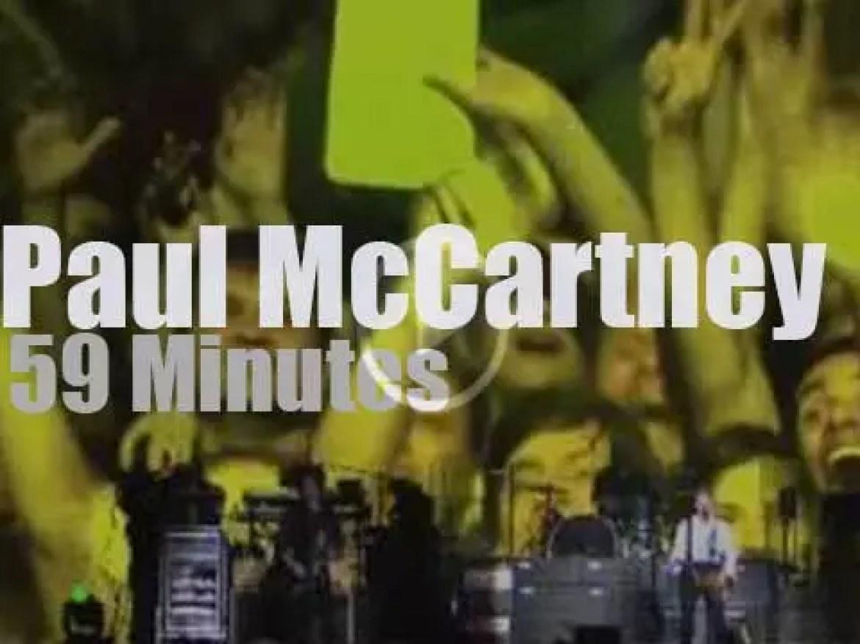 Paul McCartney  enchants Sao Paulo (2010)