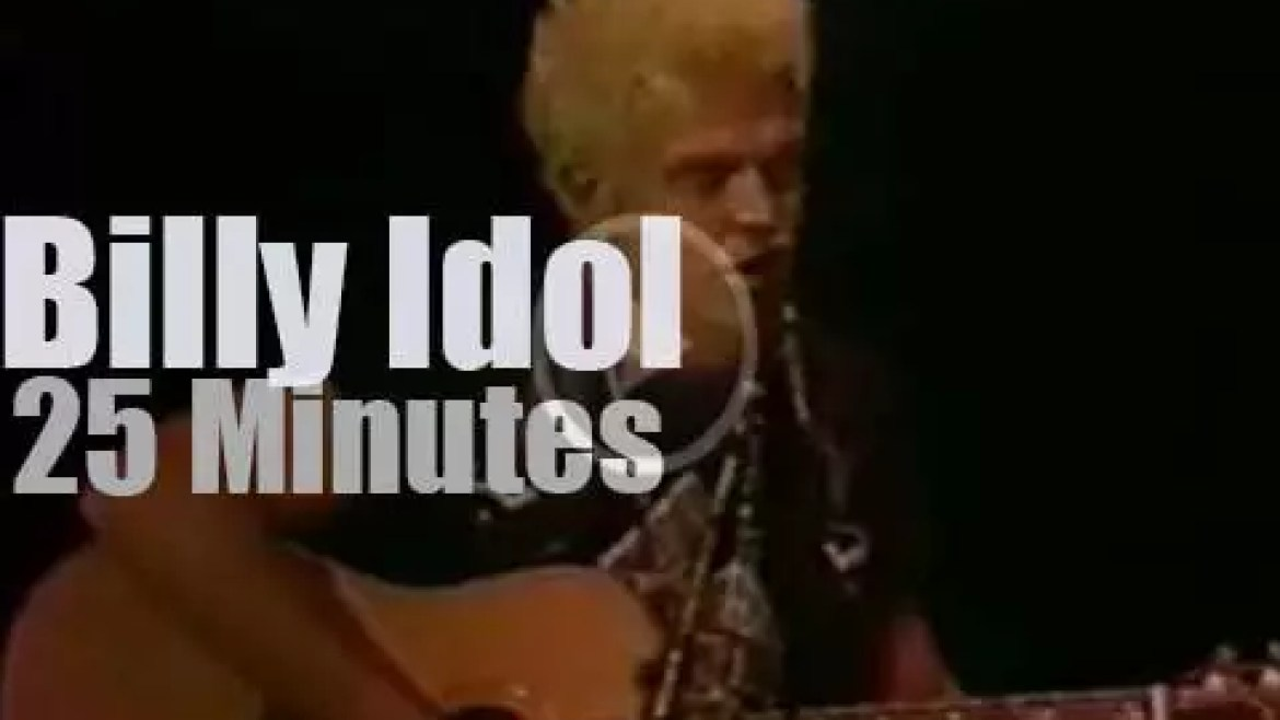 Billy Idol sings for a school (1988)