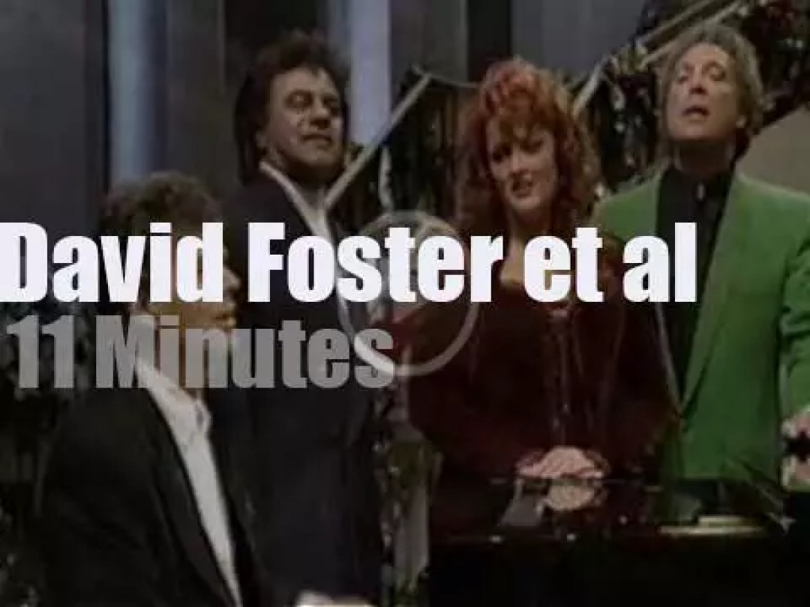 David Foster celebrates Christmas with some famous guests (1993)