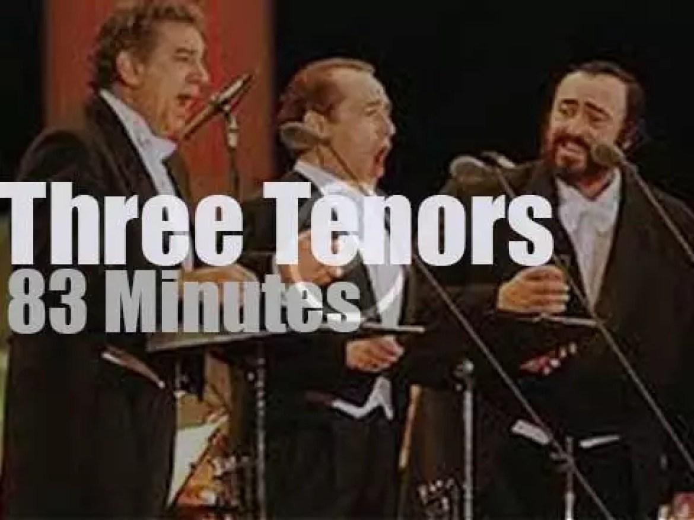 Three Tenors celebrate Christmas (1999)