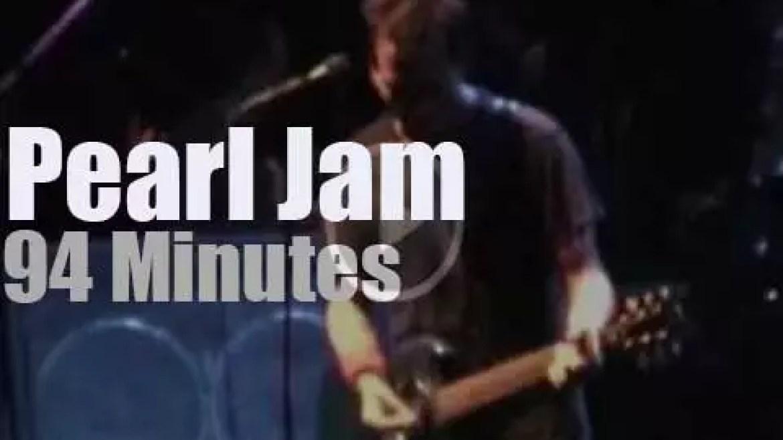 Pearl Jam visit Sydney (2003)