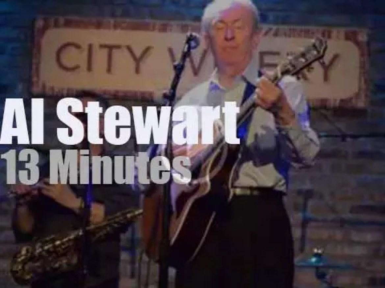 Al Stewart sings in Chicago (2017)