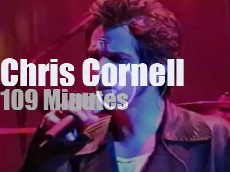 Chris Cornell sings in Las Vegas (2000)